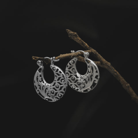 Anting Bhinneka Hoop Earrings