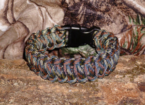 Survival Bracelet Camo - The Wall Kids, Inc.