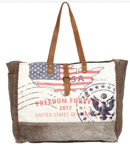 PARTISAN WEEKENDER TOTE BAG - The Wall Kids, Inc.