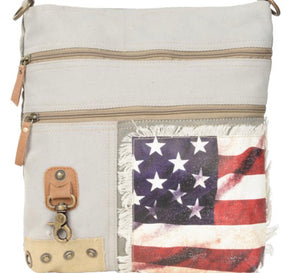 AMERICAN FLAG CANVAS CROSS BODY - The Wall Kids, Inc.