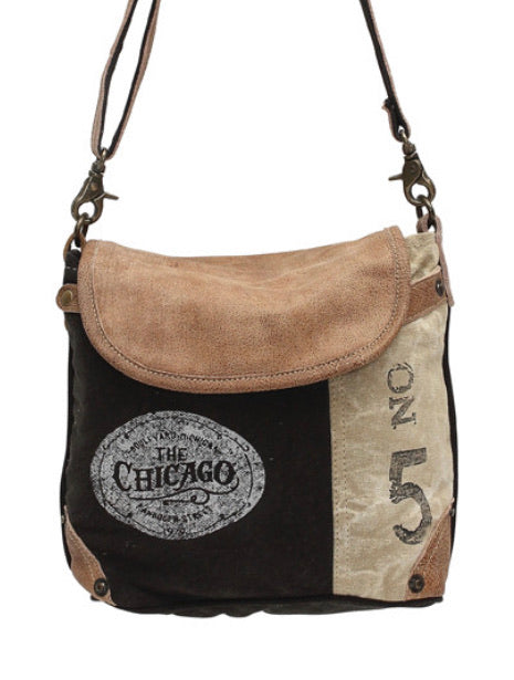 Chicago crossbody - The Wall Kids, Inc.