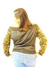 Load image into Gallery viewer, Glittery Golden Jacket