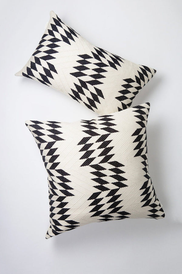 "Archive New York Almolonga Quilt Pillow - Black & Natural White - 20"" x 20"" Archive New York"
