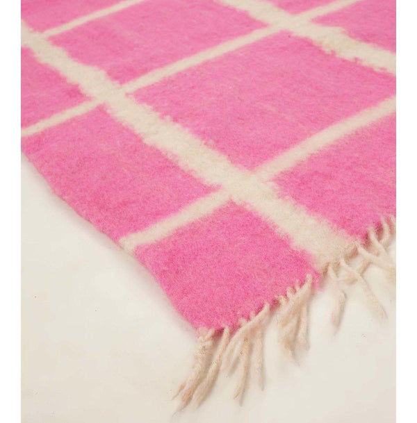 Archive New York Momos Grid Blanket-Rug - Natural White & Neon Pink Archive New York