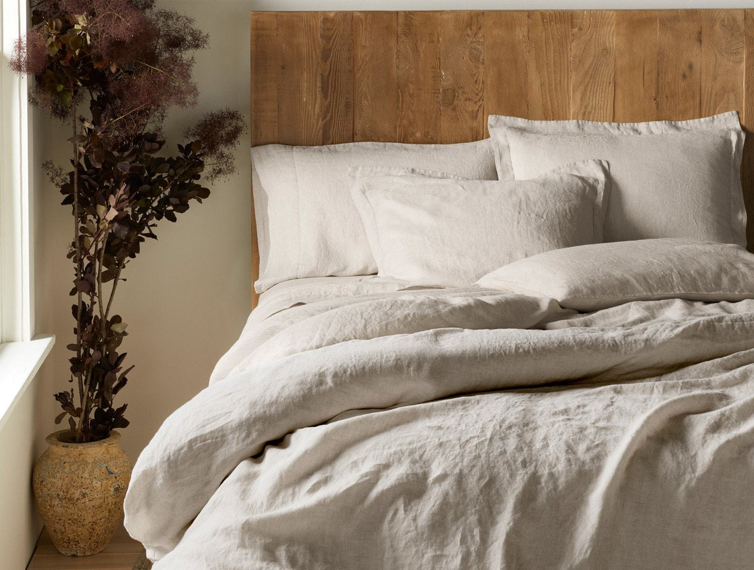 Coyuchi Organic Relaxed Linen Duvet Cover - Natural Chambray Bedding and Bath Coyuchi