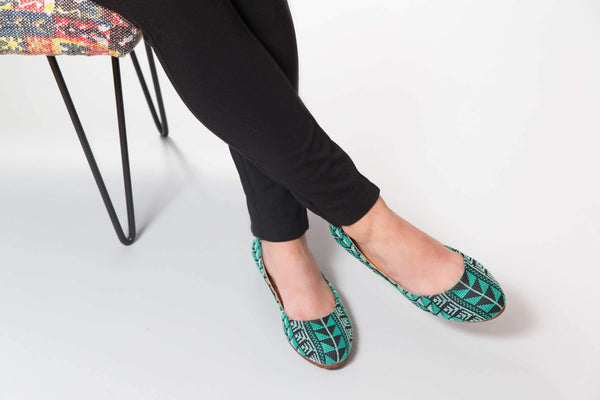 Darzah The Tatreez Flat in Teal Darzah