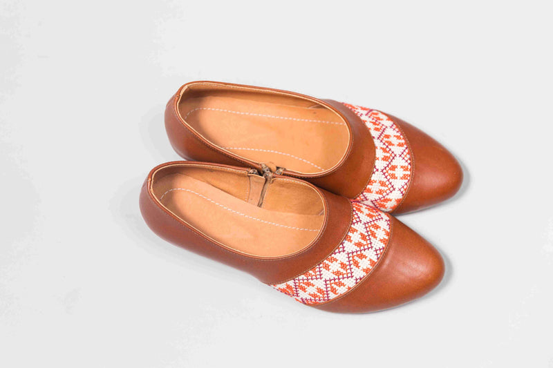 Darzah The Tatreez Oxford in Camel and Orange Darzah