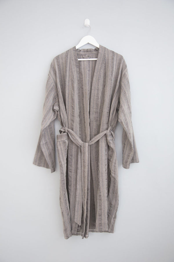 Home & Loft Black New York Long Robe Robe Home & Loft