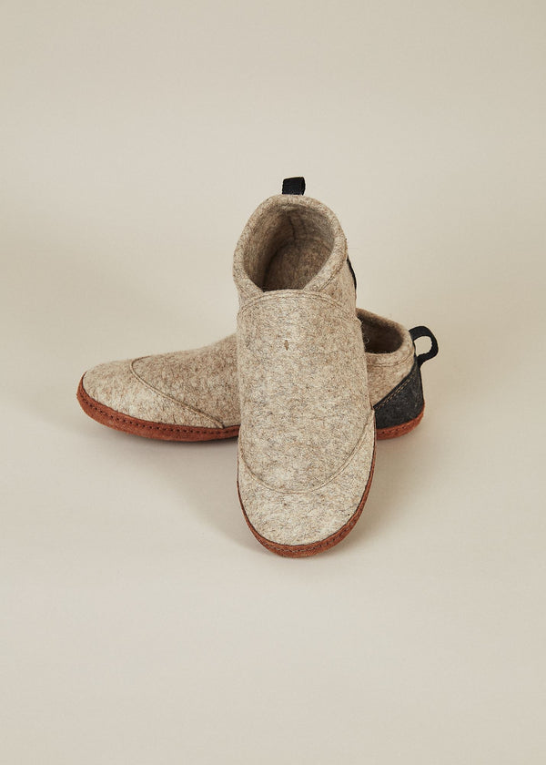 Men's All Natural Tengries Slippers - Oatmeal Men's Shoes Kyrgies