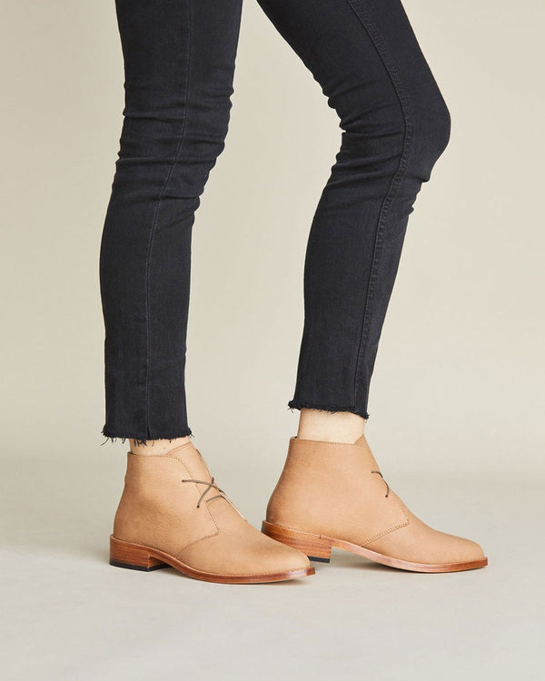 Nisolo Isa Boot Sand Women's Leather Chukka Boot Nisolo