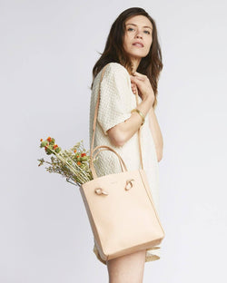 Nisolo Simone Crossbody Shopper Natural Vachetta Leather Handbag - unlined Nisolo