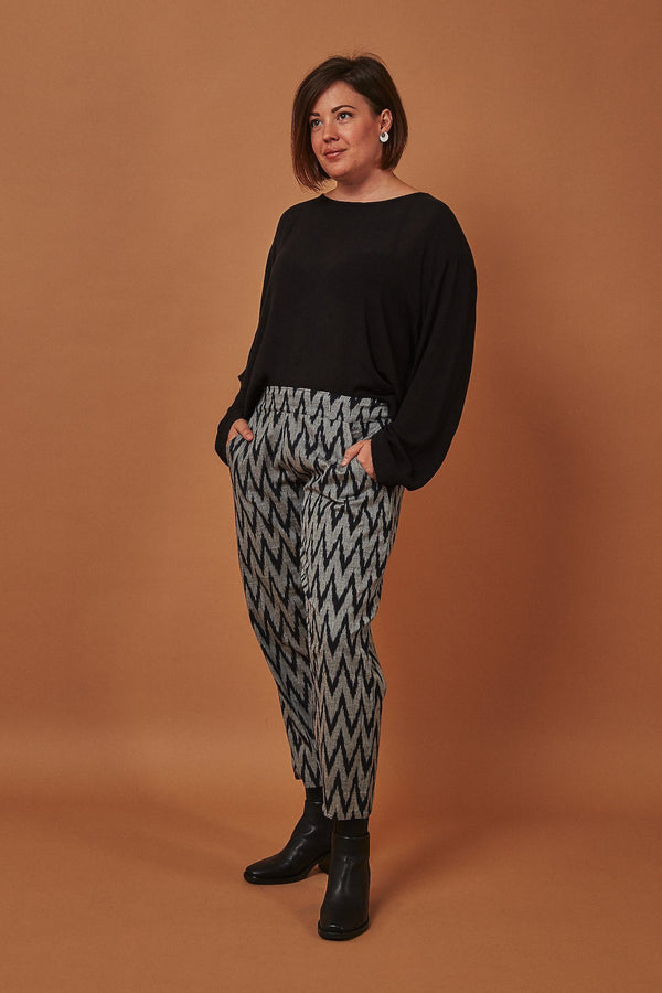 Passion Lilie Gray Chevron Crop Pants Passion Lilie