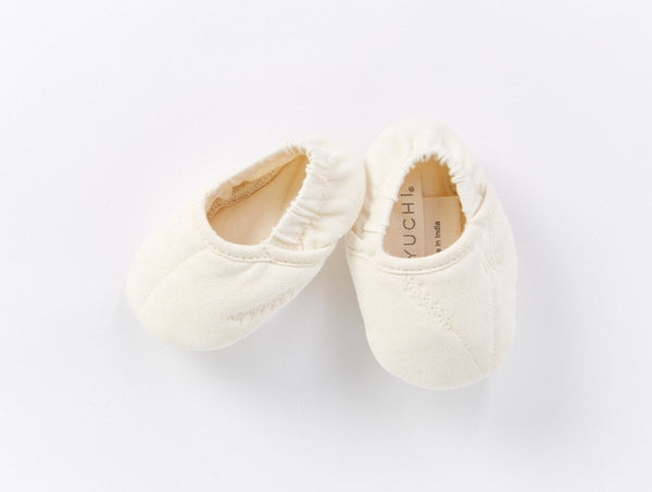 Remi Baby Booties - Undyed Baby Coyuchi