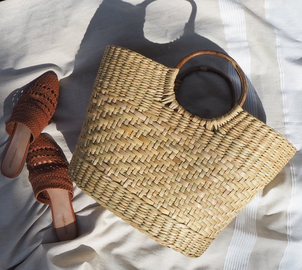 Salt & Umber BAMBOO HANDLE WICKER TOTE HANDBAG Salt & Umber