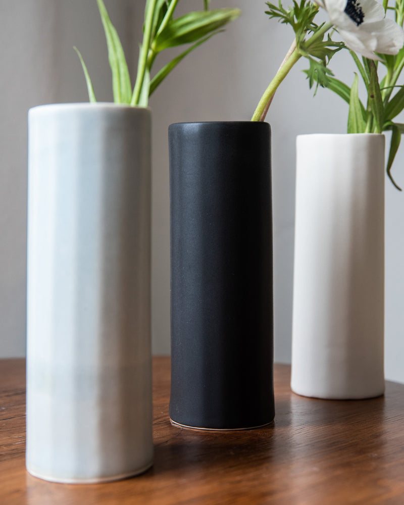 The Bright Angle Bloom Porcelain Vase - Mica Black Satin Matte Vase The Bright Angle
