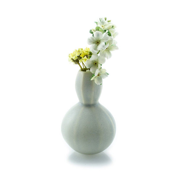 The Bright Angle Sprout Bud Vase - Smoke Gray Satin Matte Vase The Bright Angle