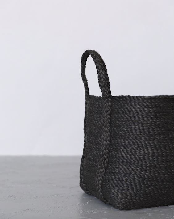 Will & Atlas Small Jute Basket - Charcoal Will & Atlas