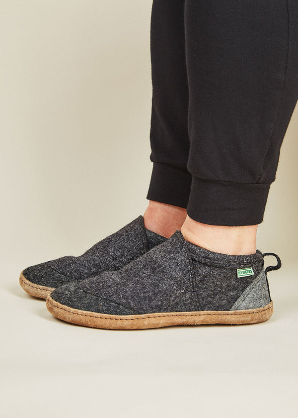 Women's All Natural Tengries Slippers - Charcoal Women's Shoes Kyrgies