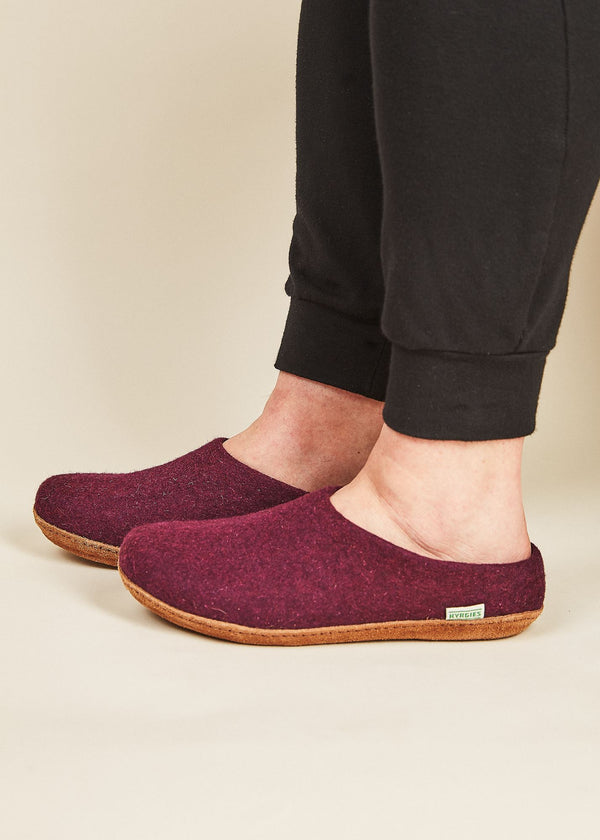 Women's Low Back and Molded Sole Slippers - Plum Natural Soles Kyrgies