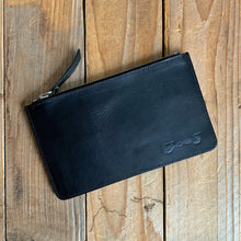 The Zipper Pouch | Medium
