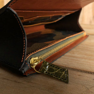 Olive | Alligator Skin Clutch Wallet