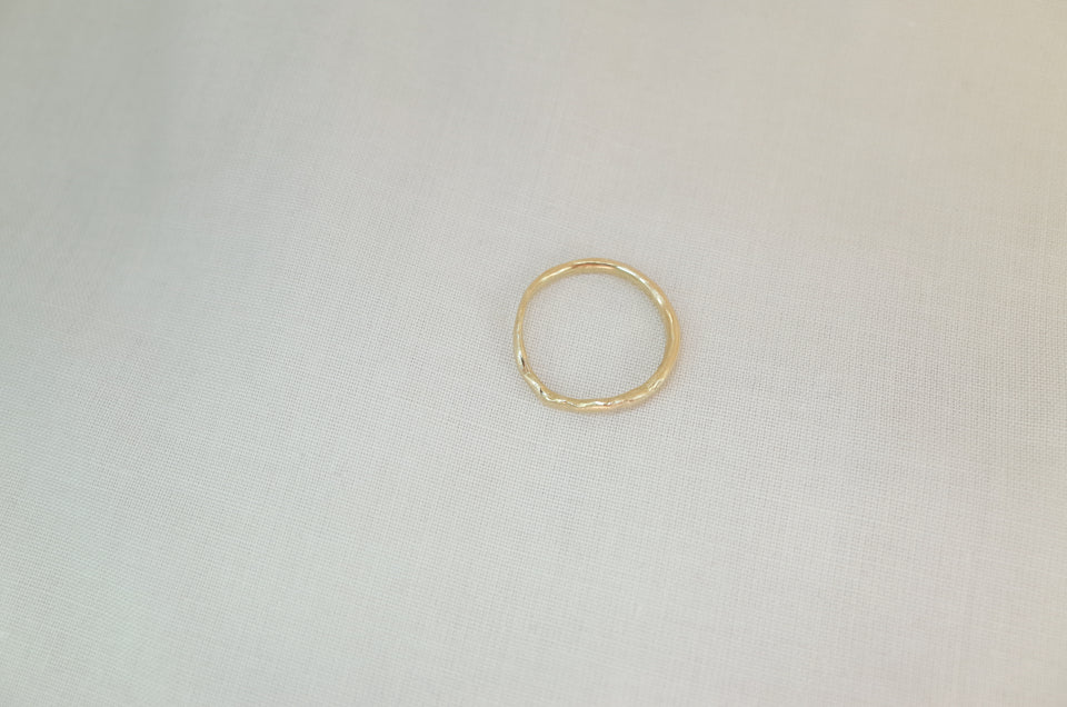 Wavy Arched Band