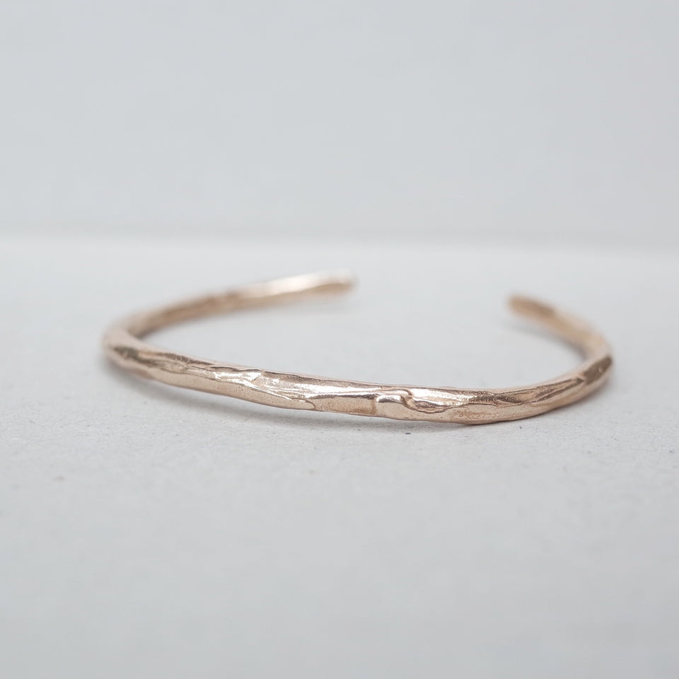 Thin Dripped Bangle