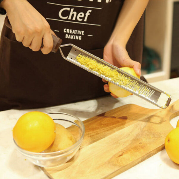 Microplane Lemon Zester and Cheese/Vegetable Grater