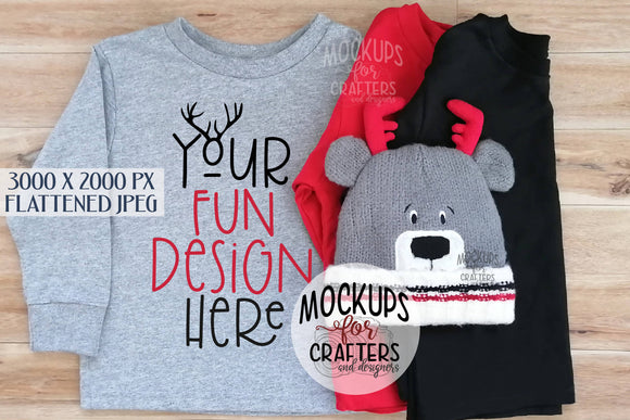 Child's T-shirts MOCK-UP