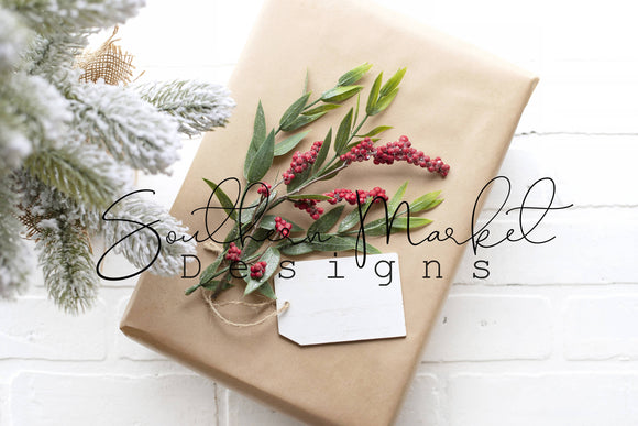 CHRISTMAS GIFT WOOD TAG DIGITAL MOCK UP STOCK PHOTOGRAPHY