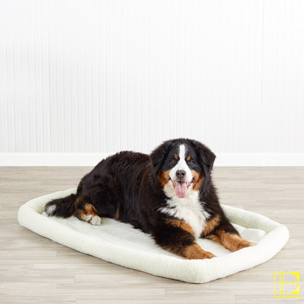 Off-White Padded Fleece Dog Bed 46-Inch