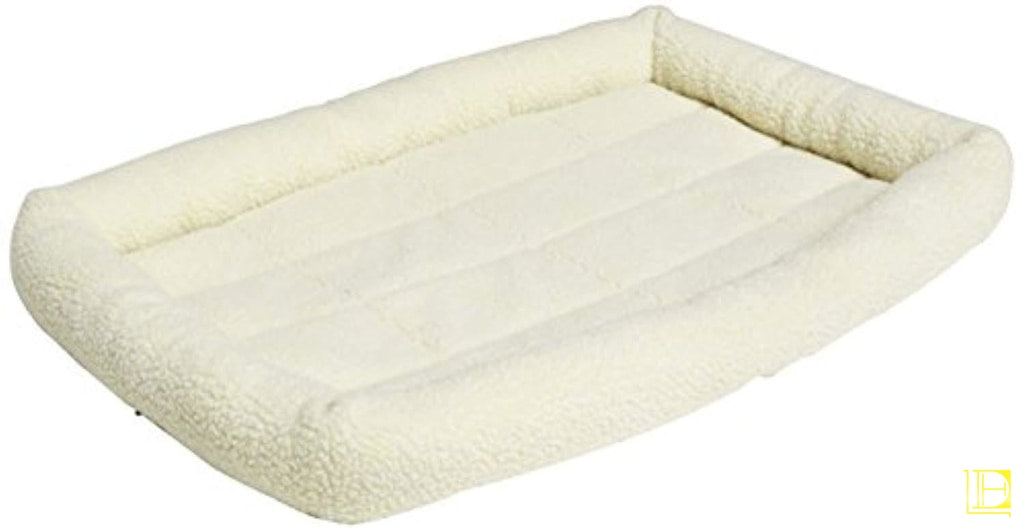 Off-White Padded Fleece Dog Bed