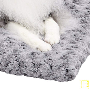 Stylish & Comfy Deluxe Plush Dog Bed