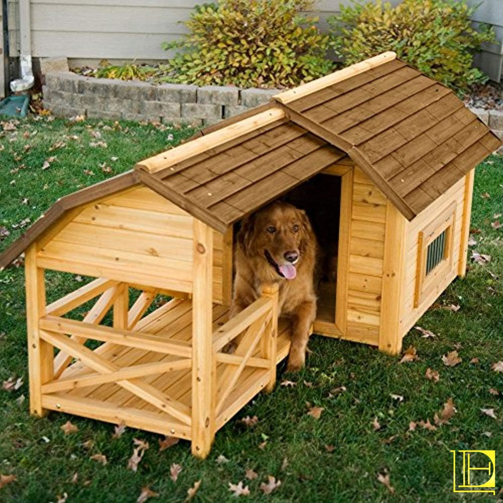 Wooden Barn-Style Outdoor Dog House