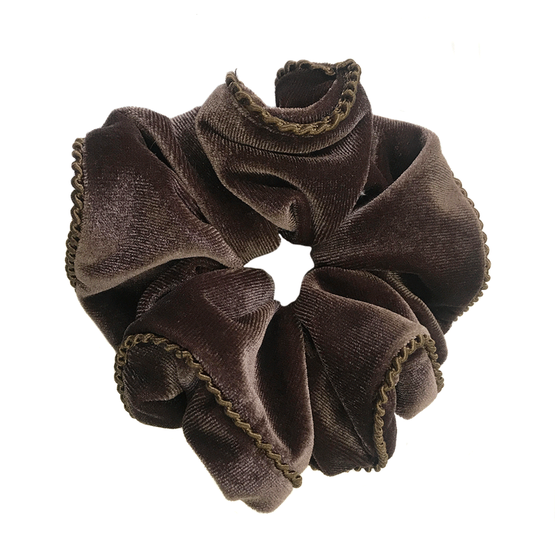 2 Pack Velvet Scrunchies (Black and Brown)