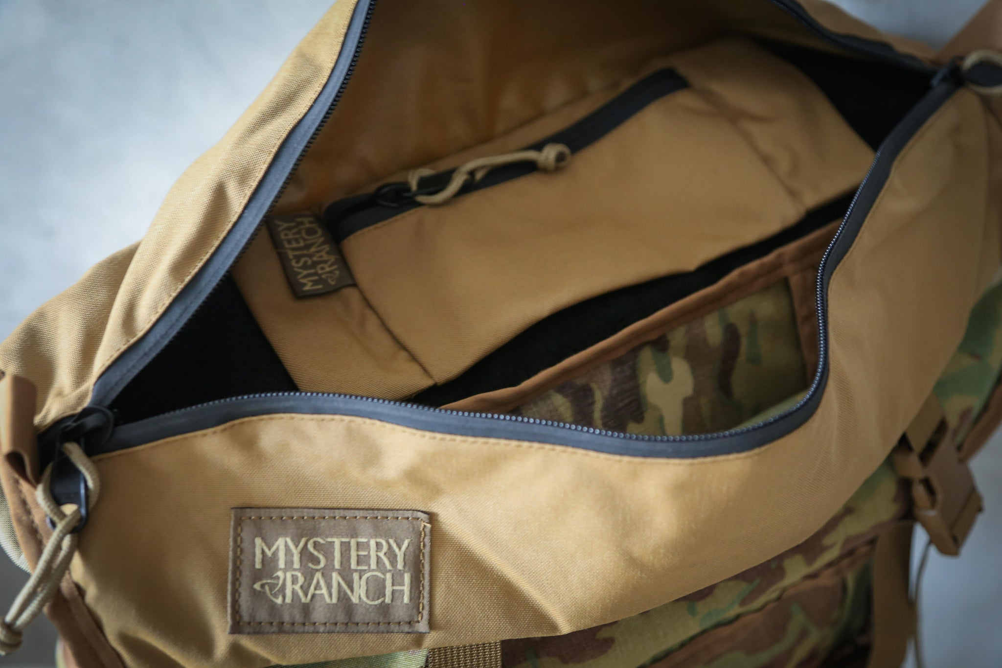 Mystery Ranch Invader Coyote / Multicam