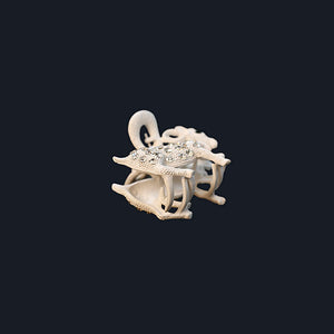 Crystal Bead Sheep Clutcher