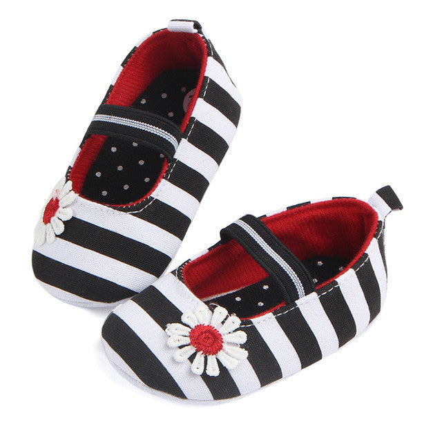 Cute Anti-slip Striped Baby Shoes - kidsstoreefw