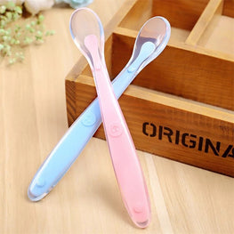 "Cute ""Smile"" Silicone Baby Spoon - KidsJoyful"
