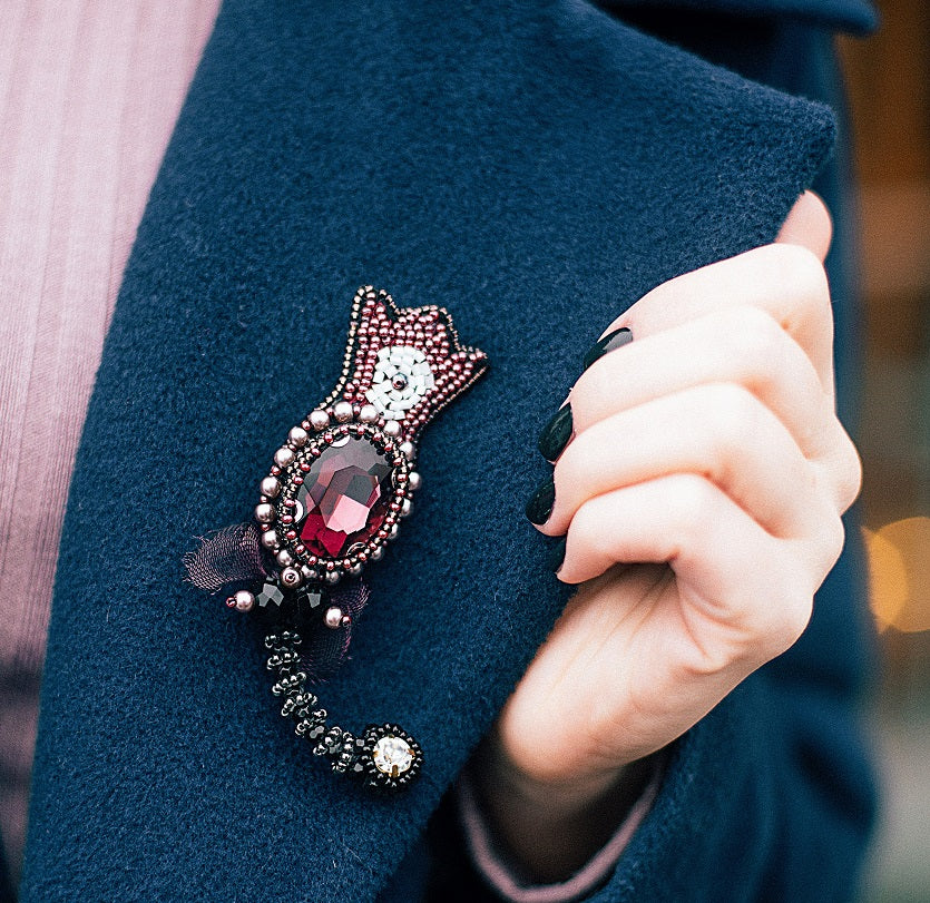 Brooches - How To Style Them!