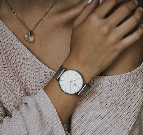 Small And Feminine - These Watches Are All-Time Classics
