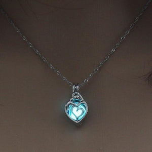 Heart Shape Glowing In The Dark Necklace Jewelry For Women Hollow Luminous Necklace Pendant