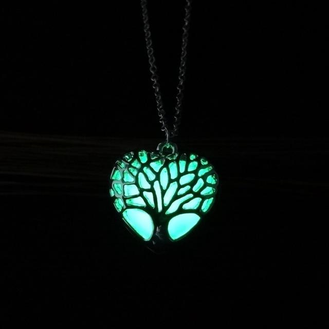 Hollow Heart Shape Pendant Necklace Tree Of Life Luminous Jewelry Necklace For Women Glowing In The Dark