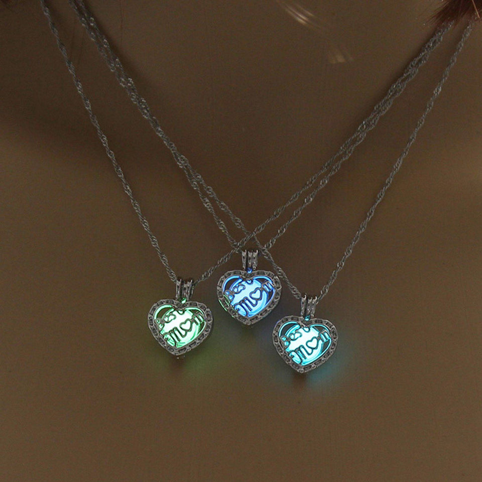 Luminous Necklace Heart Shape Pendant Choker Glowing Necklace Women Silver Color Chain For Mom Jewelry