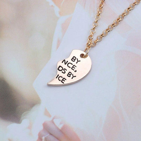 "Necklace Letter ""Sister By Chance Friends By Choose"" Heart Necklace Gold Silver Pendant Charms Jewelry"