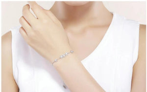 Genuine 925 Sterling Silver Luminous Daisy Flower Women Bracelets Clear CZ Bracelet Jewelry