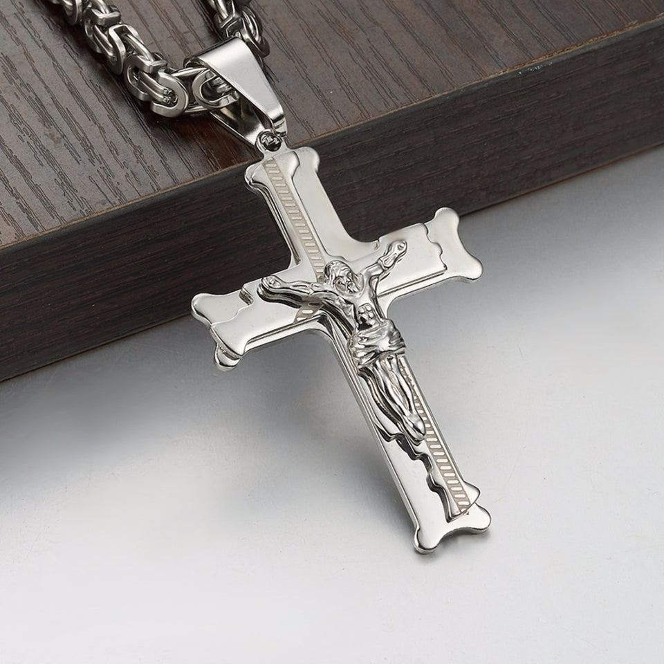 Crucifix Jesus Cross Necklaces - GiftWorldStyle - Luxury Jewelry and Accessories