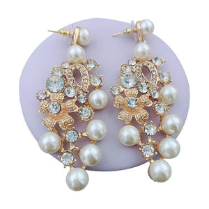 Dubai Crystal Pearl Necklace, Earrings, Ring & Bracelet - GiftWorldStyle - Luxury Jewelry and Accessories