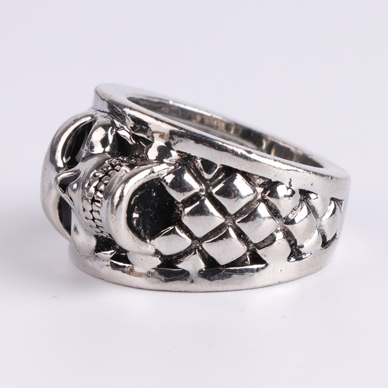 Men's Hip Hop Ring With Gothic Engraved Skull - GiftWorldStyle - Luxury Jewelry and Accessories