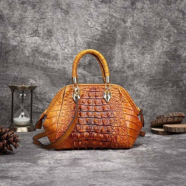 Retro Cowhide Women Bag With 3D Effect Snake Leather